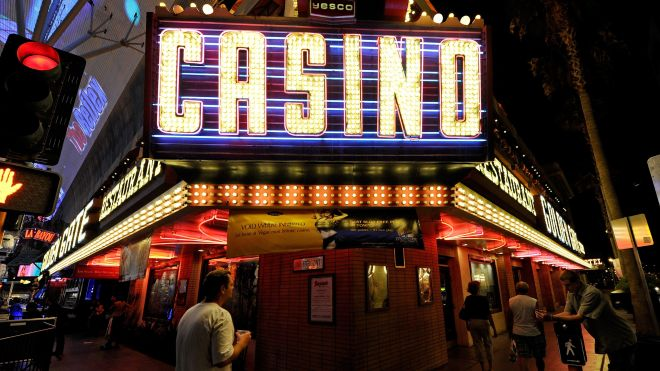 What makes casinos an entertaining place?